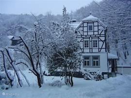 Ons droomhuis in de winter.