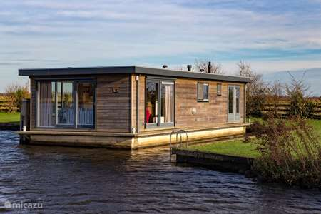 Ferienwohnung Niederlande, Friesland, Eernewoude rv / yacht / hausboot Sweltsje Luxus-Hausboot