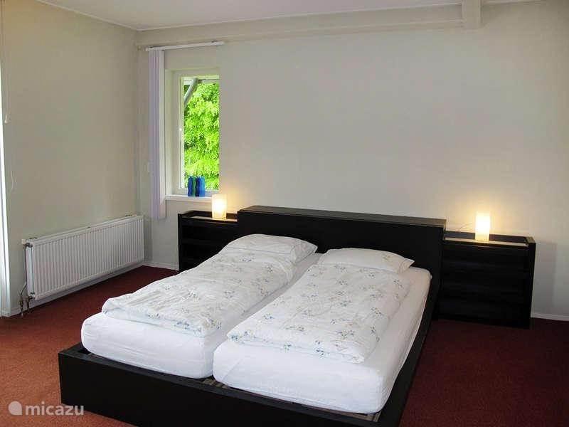 De master-bedroom