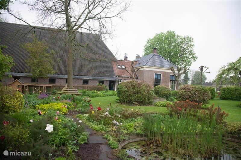 Vakantiehuis Nederland, Friesland, Dokkum Boerderij 4 pers.Slapenopgos aan waddenkust