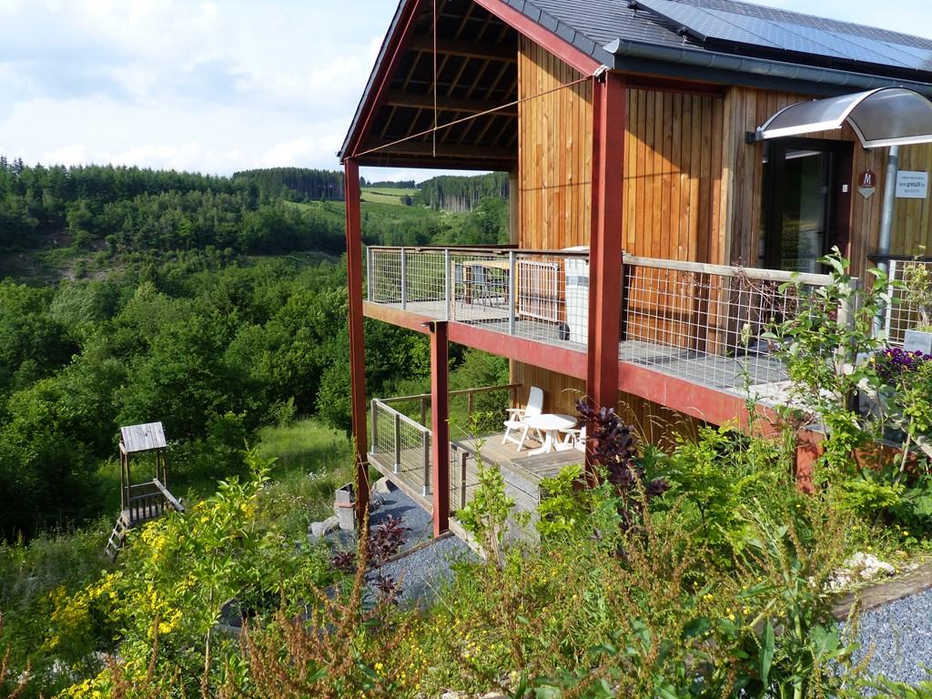 Er zijn vrije midweken in sept/okt Nu 10% korting  Luxe huis (sauna/wifi) en schitterend gelegen voor natuurliefhebbers/10 min te voet naar Bouillon
