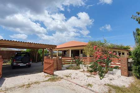 Vacation rental Curaçao, Banda Abou (West), Grote Berg holiday house Butuela