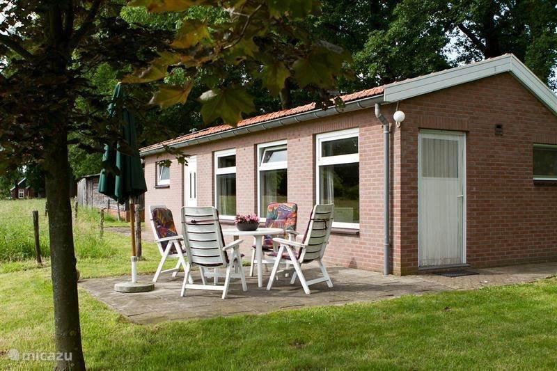 Vacation rental Netherlands, Gelderland, Winterswijk bungalow Kruisselbrink