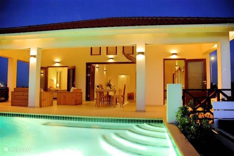 Vakantiehuis Curaçao, Banda Abou (west), Grote Berg villa Villa SeruGrandi