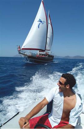 Zeilen op de Middellandse Zee