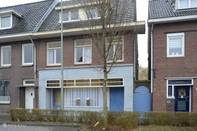 Vakantiehuis Nederland, Limburg, Hoensbroek vakantiehuis House Hommert te Hoensbroek tot 12 p