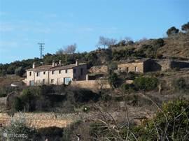 Vrije ligging aan de rand van het nationaal park de Sierra de Guara en op loopafstand van het dorpscentrum
