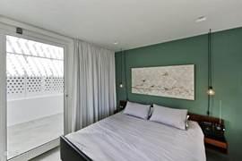 Romantische slaapkamer met veranda