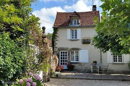 Vakantiehuis Frankrijk, Haute-Marne, Pierrefaites gîte / cottage Le Pigeonnier