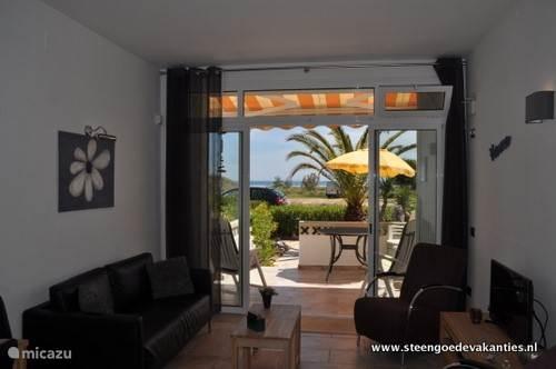 Casa Carima uitzicht op zee vanuit de keuken en woonkamer