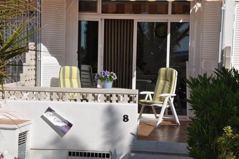 ferienhaus vaktiewoning playa d or typ iv in l 39 hospitalet de l 39 infant costa dorada spanien. Black Bedroom Furniture Sets. Home Design Ideas