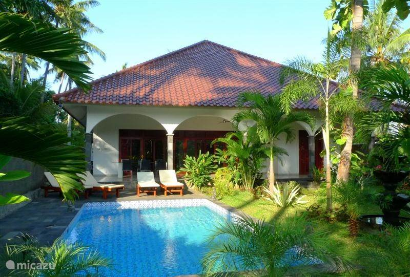 Vacation rental Indonesia – villa Villa Kelapa