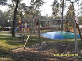 Op het park zijn diverse speelplaatsen