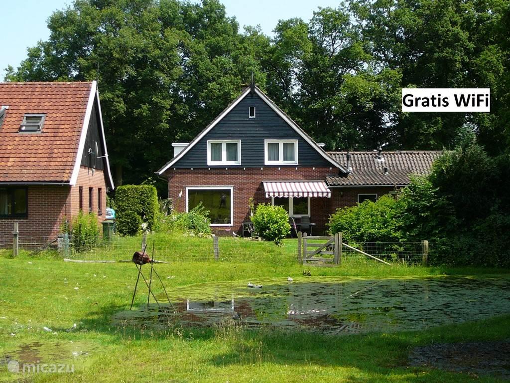 Vakantiewoning in het groen, met uw eigen tuin en terras.