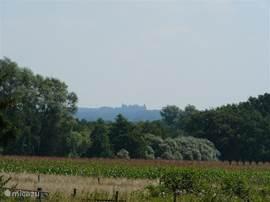 Vlakbij de vakantiewoning, op het Beankepad, heeft u een mooi uitzicht op het slot van Bentheim