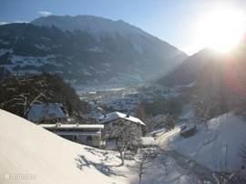 Uitzicht van balkon in winter