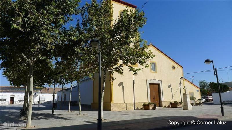 San Cayetano und der Apartment-Komplex