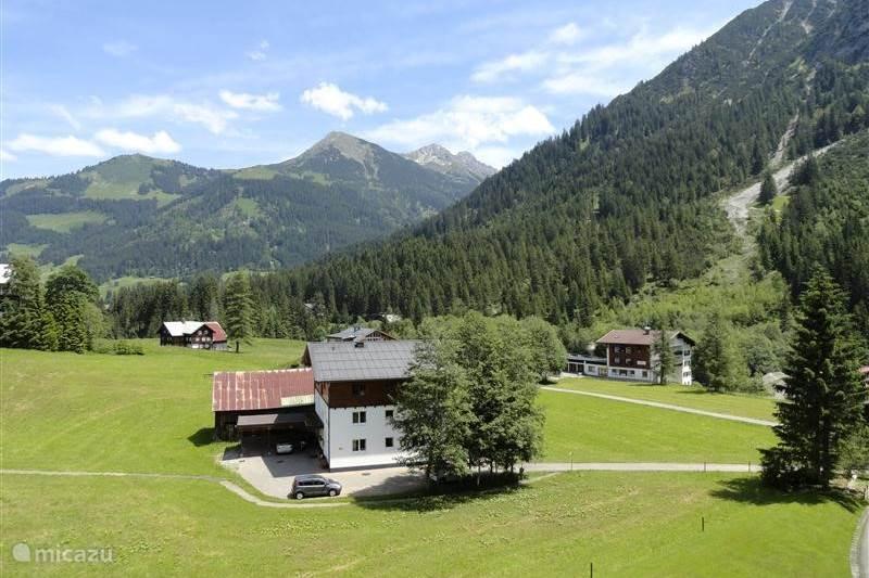 Vakantiehuis Oostenrijk, Vorarlberg, Mittelberg Appartement Aparthotel Mittelberg Kleinwalsertal