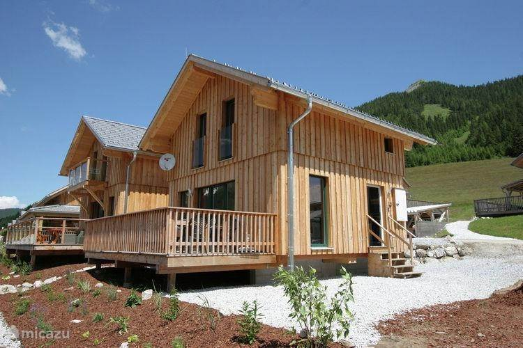 Vacation rental Austria, Styria, Hohentauern - holiday house Chalet Victor ** 200m from ski **