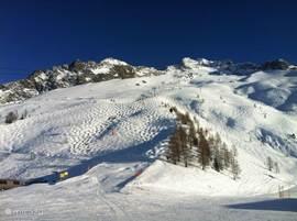 Chalet Haute Bergen, Chamonix Mont Blanc. Skigebied Argentìere is voor de cracks en buckle-liefhebbers een waar paradijs. Uniek gebied waar je je helemaal kunt uitleven. Hét offpiste gebied volgens de kenners.