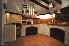 Sfeervolle finca-keuken, met alle comfort.