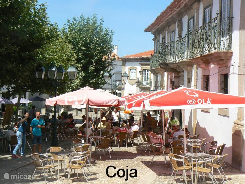 Het gezellige dorp Coja op 3 minuten met de auto of een half uur lopen