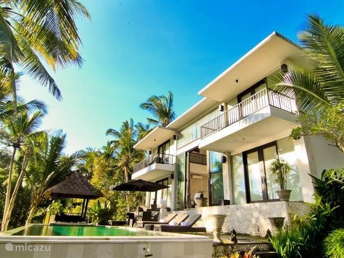 Moderne architectuur in een geweldige traditionele omgeving en cultuur