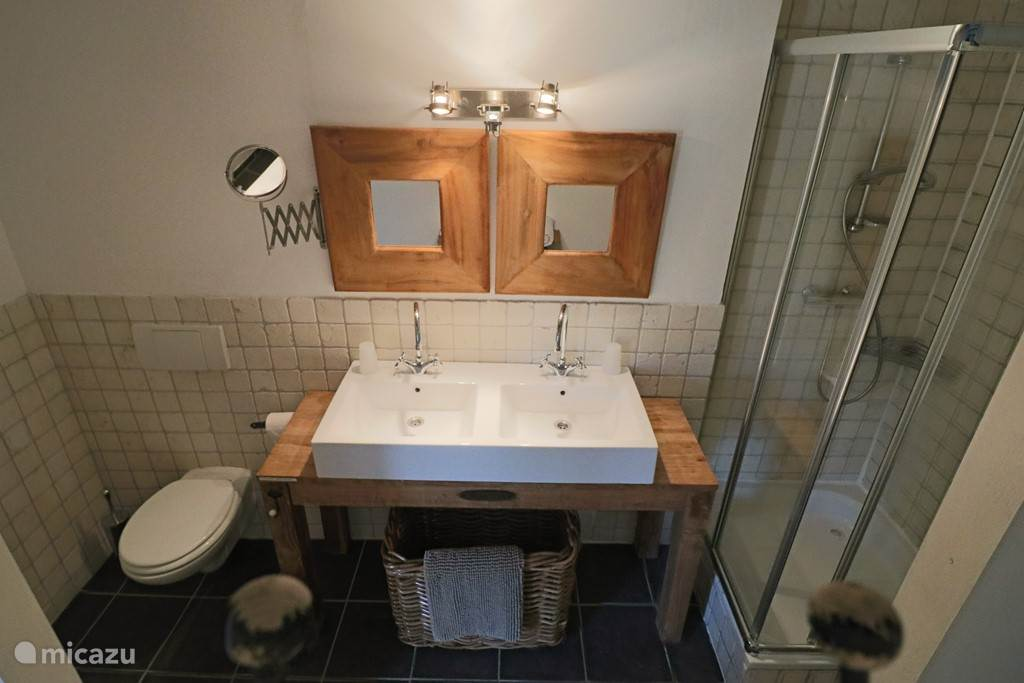 Walk-in badkamer in Vlaamse stijl