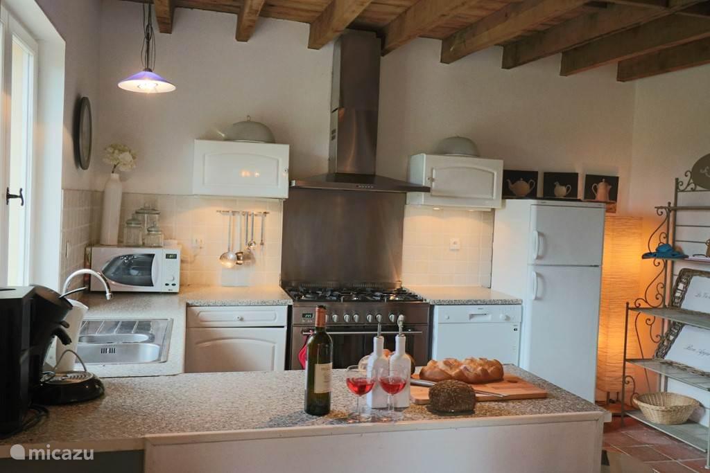 Keuken met alle apparatuur!