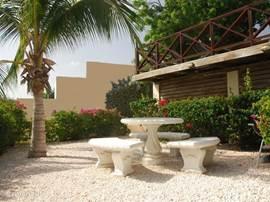 Garden Curavilla