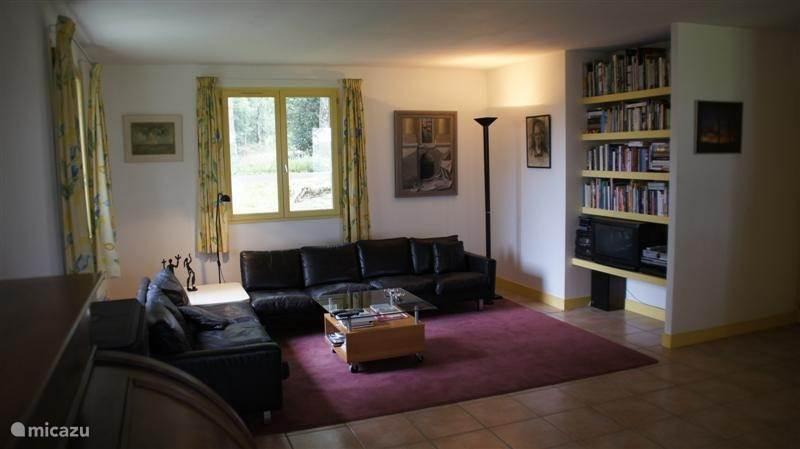 Vacation rental France, Dordogne, Champs-Romain Bungalow Comme la Ville