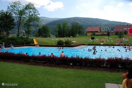 Openlucht zwembad St Lorenzen