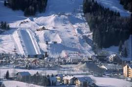 In Kreisberg organized the World Cup snowboarding in 2015. There is a wonderful toboggan and tubing!