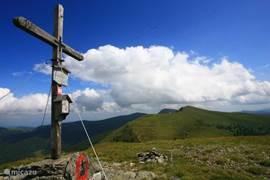 Trekking across the alpine meadows to over 2000 meters!