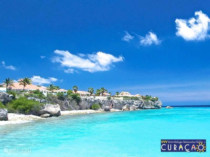 Coral Estate met privé strand. Alleen toegankelijk voor bewoners.