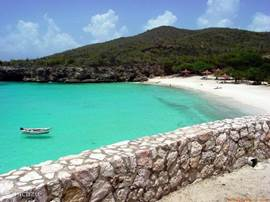Nearby are the most beautiful beaches, snorkeling and diving in Curacao!