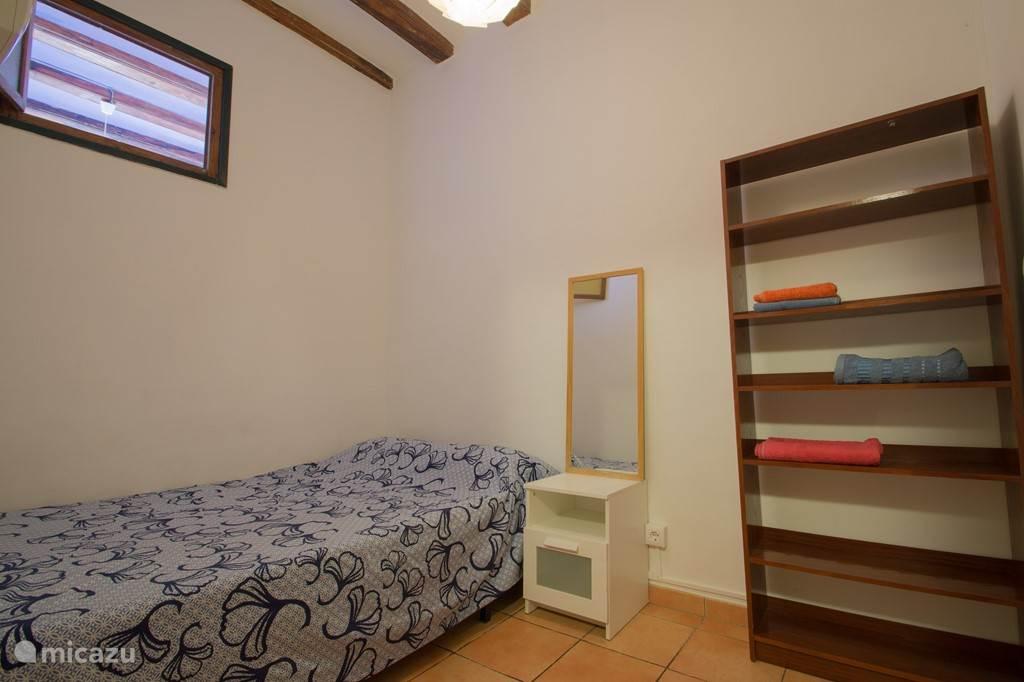 De tweede ruime twee persoonsslaapkamer