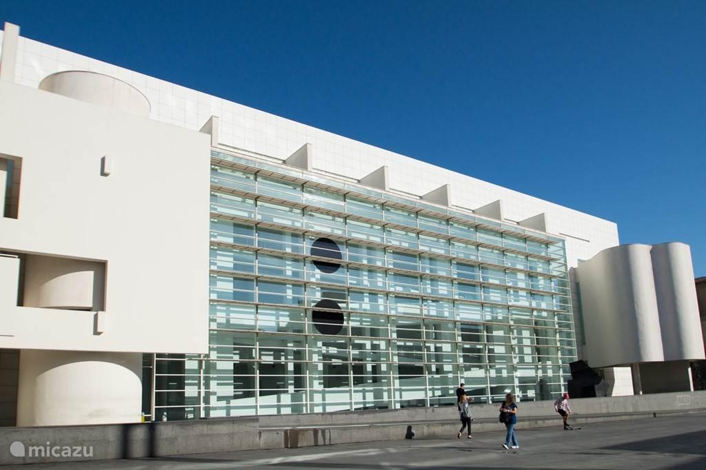MACBA Museum, waar de skaters bij elkaar komen.
