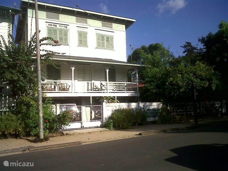 Vakantiehuis Suriname, Paramaribo, Paramaribo appartement P 26