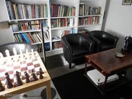 lees/schaak/spelletjes kamer