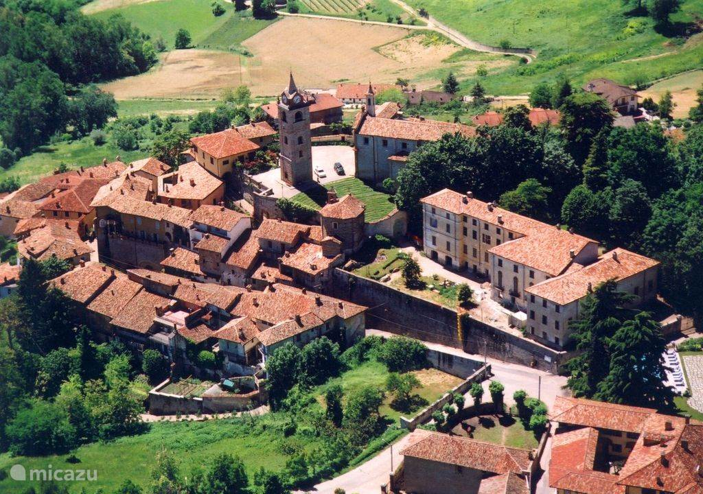 Monforte d'Alba, surrounding area and activities