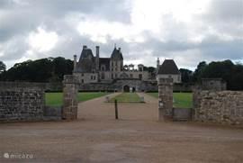 Cultuurliefhebbers hebben ook genoeg te zien in Bretagne. Bijvoorbeeld bij het Chateau de Kerjean.