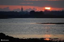 Mooie zonsondergang bij Saint Pol de Leon.