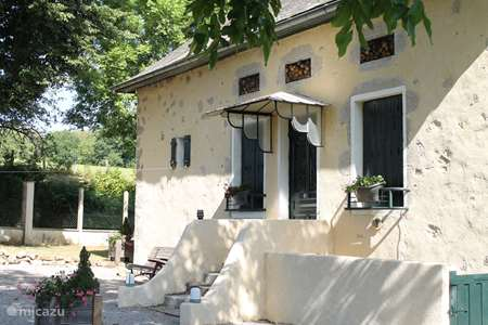 Vacation rental France, Nièvre, Moux-en-Morvan holiday house Maison Chevigny