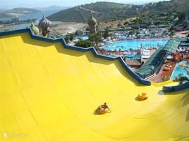 Adaland, nummer 1 in Europa op 10min! Een aquapark, seapark & dolphinpark in 1! Zwemmen met dolfijnen, met mantaroggen of haaien voeden? Het is er allemaal mogelijk!!! Open van mei tot oktober.