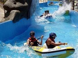 Nog meer plezier, sensatie en adrenaline? Tandem Sky Dive in Selçuk naast Efeze, Horse Safari in Pamucak, Jeep Safari in Millipark, Rafting in het aquapark Adaland, ...