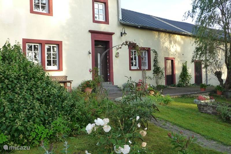Vacation rental Germany, Eifel, Feuerscheid Farmhouse Farmhouse in the Eifel Build in 1760