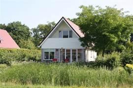 Fraaie vakantievilla in de zuid-west hoek van Drenthe tussen bos, water en heidevelden.