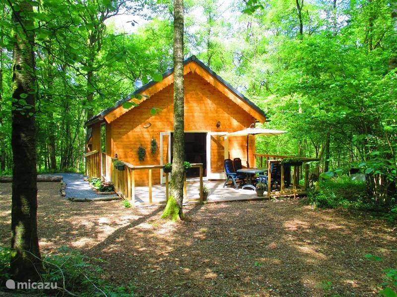 Vacation rental Belgium, Ardennes, Oignies-en-Thierache chalet Chalet de la Sittelle