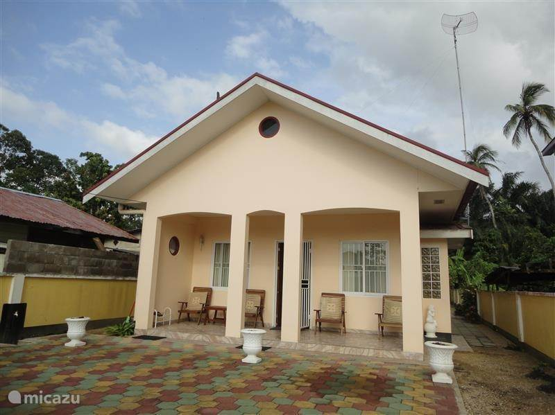Vakantiehuis Suriname, Paramaribo, Paramaribo vakantiehuis Betsy Home Paramaribo